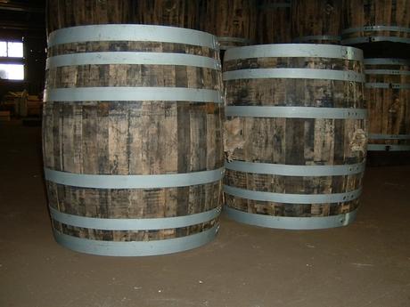 手に職を付けたい方にピッタリのお仕事。樽の製造、その他付帯作業のスタッフを募集します。